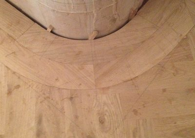 Oak parquet curved border