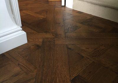 Versailles Antique HW1391 - Engineered Oak; Versailles pattern; fine aged; oiled finish, worn edge. Supplied and fitted in Nottingham